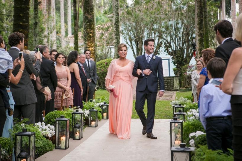 entrada-do-noivo-Casamento-no-Campo